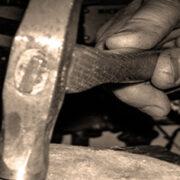 martello seppia